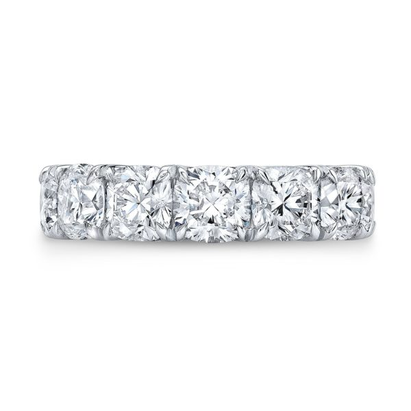 Juli Moissanite Band
