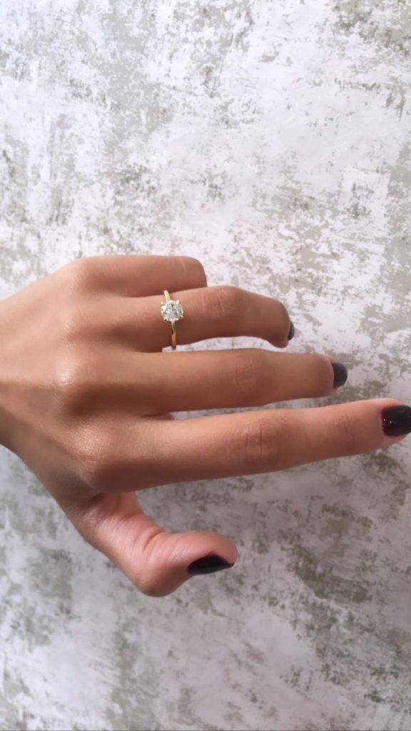 1.00ct Round Diamond Engagement Ring